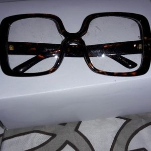 tortoise frame pucci